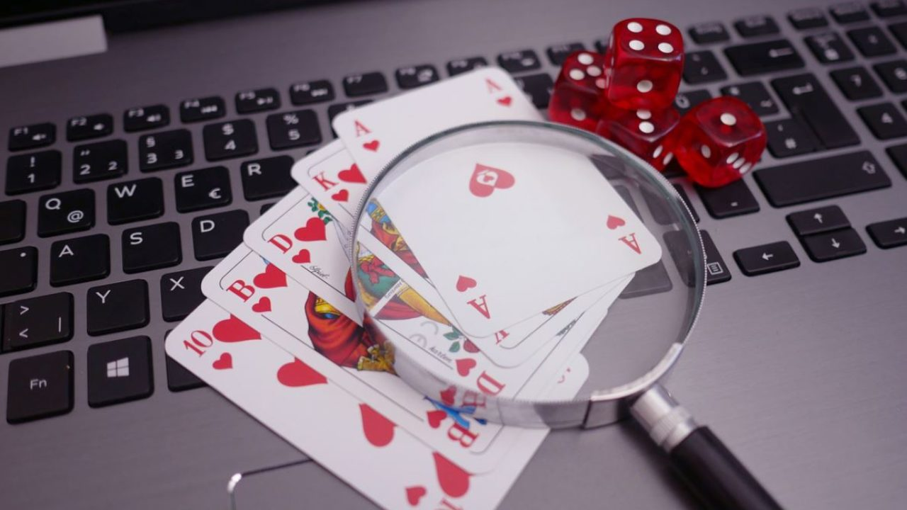 The Advantages of Playing in Online Casinos